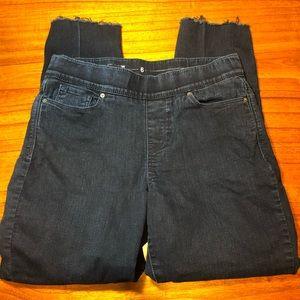 Levi pull on skinny jeans with raw hem cutoffs